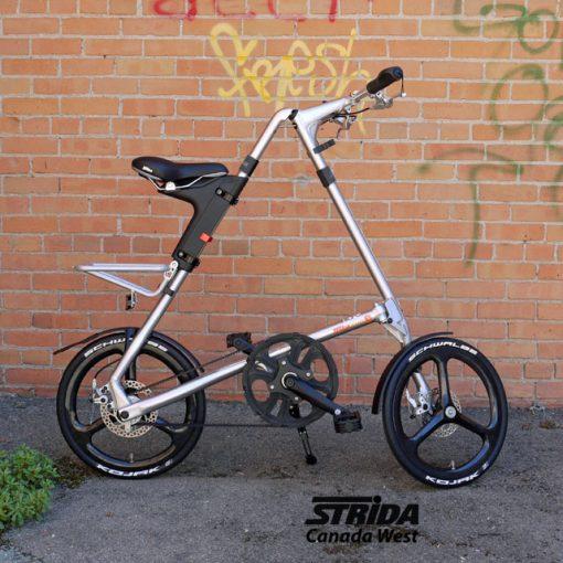 Strida Carbon Fiber Wheel Set detail